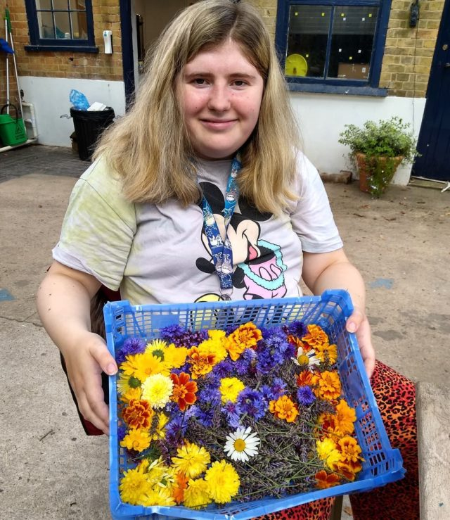 Here's a post from art today. Maddy was busy in the garden collecting a selection of flowers to make a natural confetti. We all agreed that the mix of colours were truly beautiful!