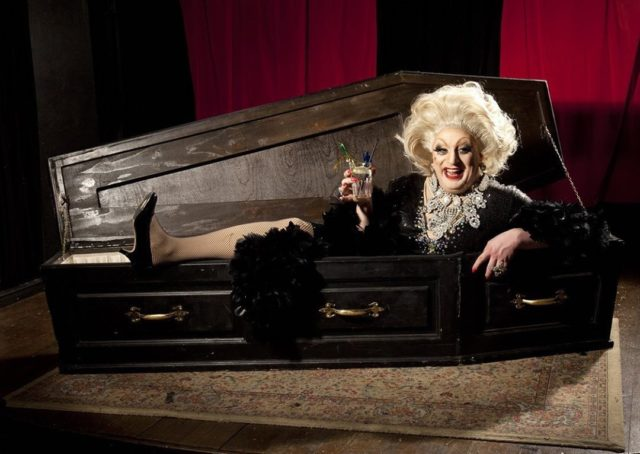On the 30 September, we have the wonderful Myra DuBois here at Hanger Farm Arts Centre with her show, 'Dead Funny'.   For more information and to book tickets please visit our website:  http://ow.ly/GCIQ50GdJMK  #MyraDuBois #DeadFunny #ComedyShow #WhatsOnSouthampton #WhatsOnTotton #WhatsOnHampshire